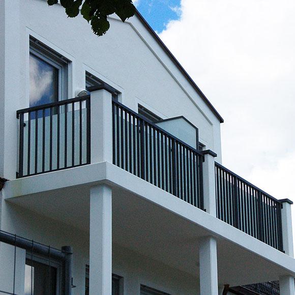 IP Muenchen Neubau Haus Balkon Muenchen